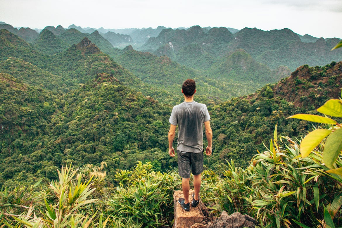 How To Travel The World For Cheap