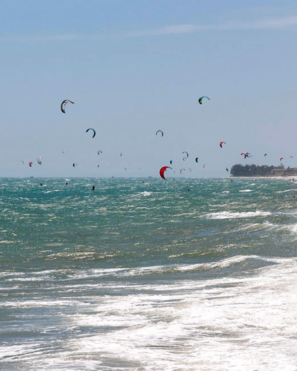 Mui Ne kite surfing
