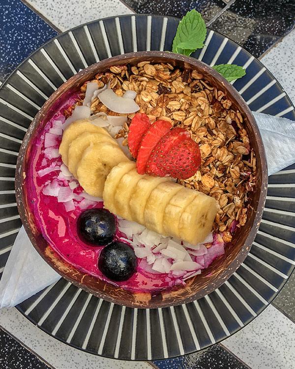 smoothie-bowl bali food